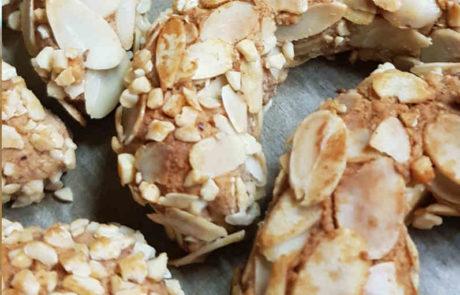 mandelhörnchen ohne Ei, Gluten und Zucker